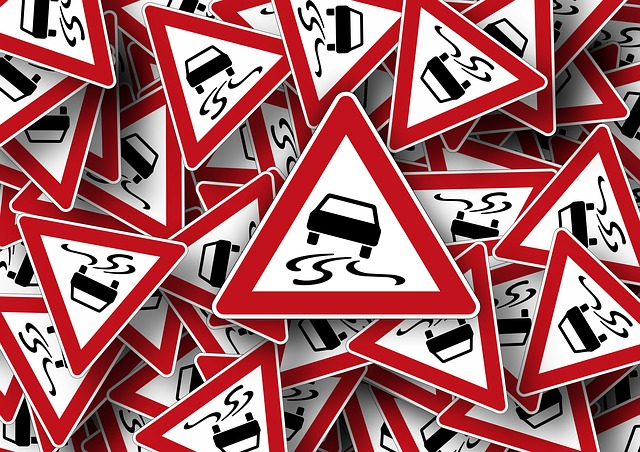 road sign geralt pixabay663362 640